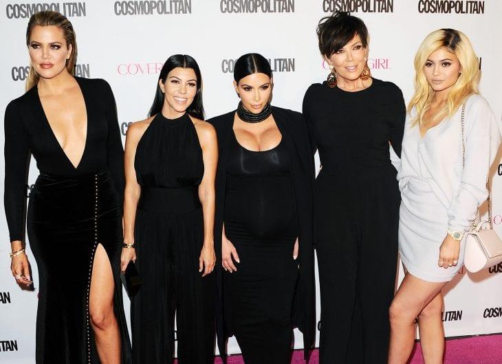 khloe-kardashian-kourtney-kardashian-kim-kardashian-kylie-kardashian