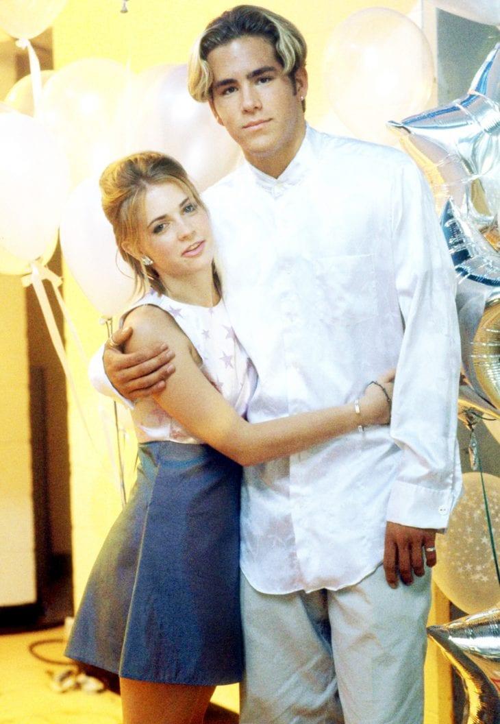 Melissa Joan Hart and Ryan Reynolds
