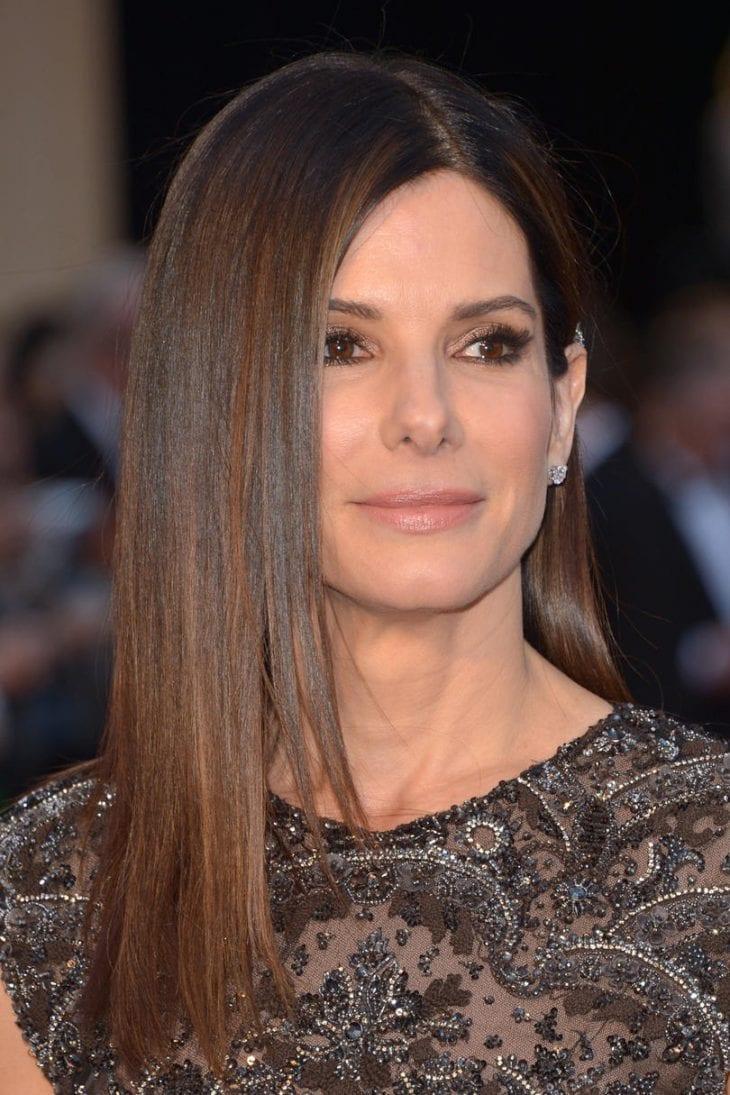 Beautiful Shoulder Length Haircuts for Older Women to Show ...