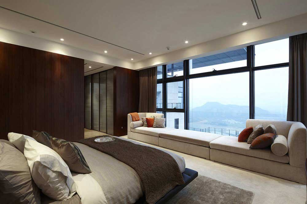 How to Have a Chic and Stylish Master Bedroom