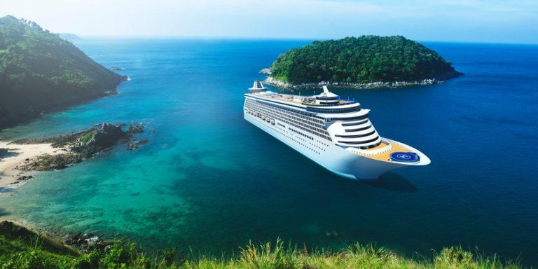 5 Things to Know Before Going on a Cruise Trip