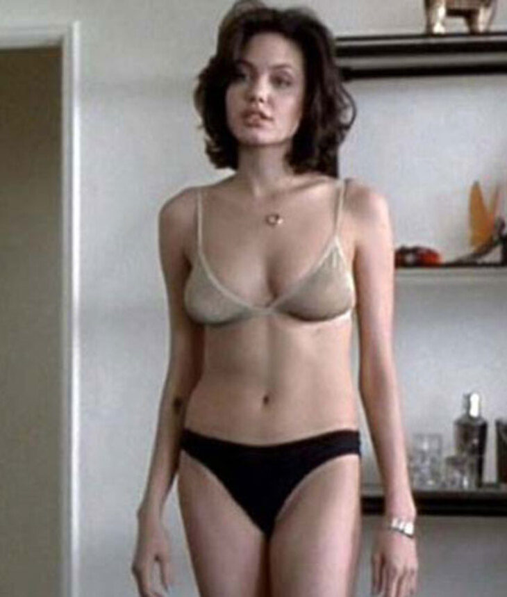 10 Female Celebs Who Did Full Frontal Nudity - The Frisky