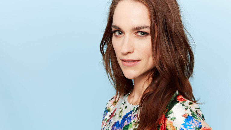 Melanie Scrofano Net Worth 2021.jpg