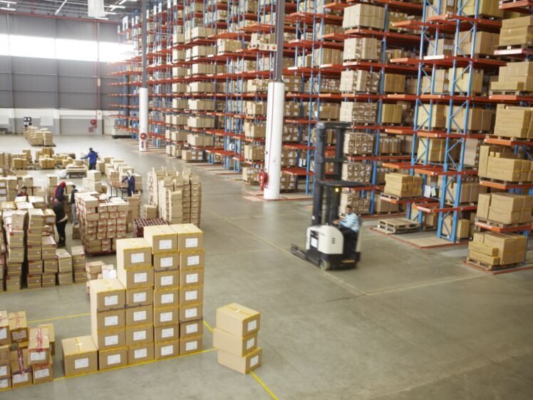 6 Advantages of Warehouse Storage Systems