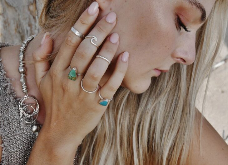 7 Tips to Choose the Best Stainless Steel Jewelry - The Frisky