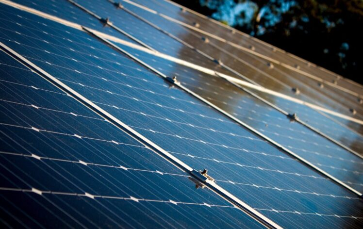 thefrisky.com - Wendy Stokes - Turns Out 2021 Is The Year For Solar Investments And Tax Credits