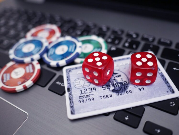 5 Rules to Follow When Playing Online Casino Games