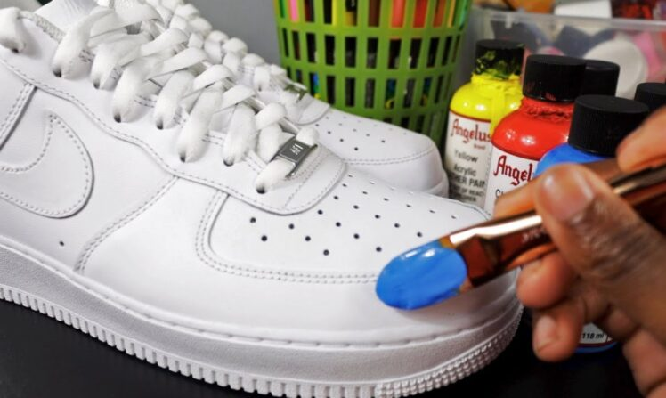 How to Customize Your Sneakers in 5 Easy Steps