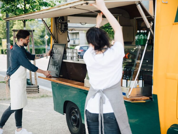 How to Start & Register a Food Truck Business in 2021?