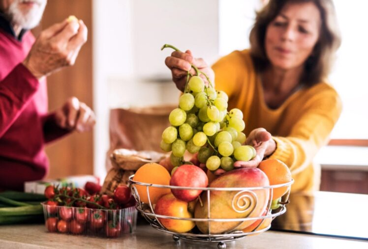 10 Healthy Food Items for Women