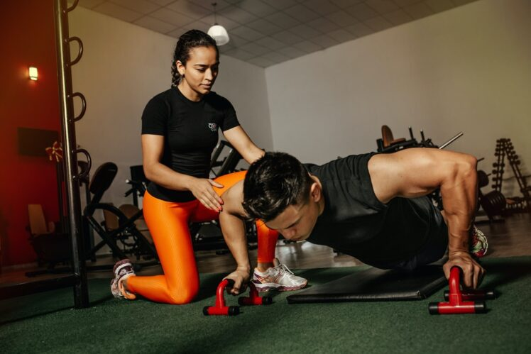 How to Find a Good Personal Trainer in London? – 2021 Guide