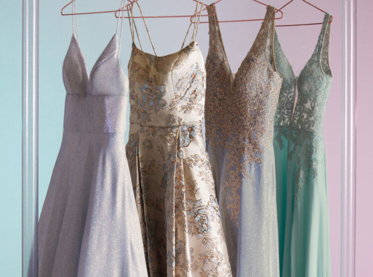 Should You Choose Classic or Trendy Style For Your Prom Dress