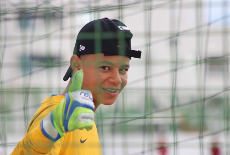 10 Tips to Being a Better Goalkeeper in Soccer