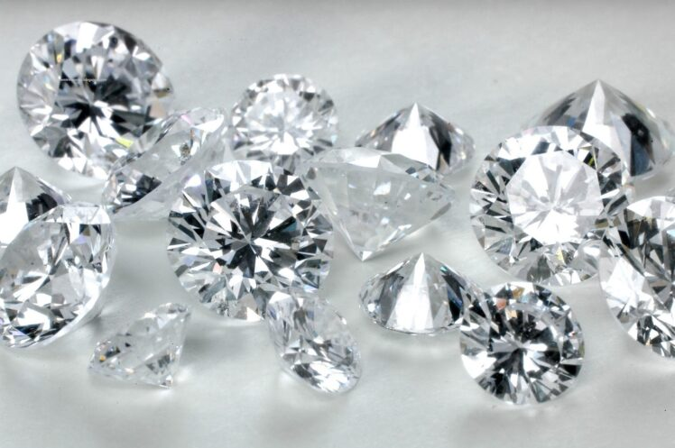 The Truth Behind Some Of The Most Damaging Myths About Buying Loose Diamonds Online