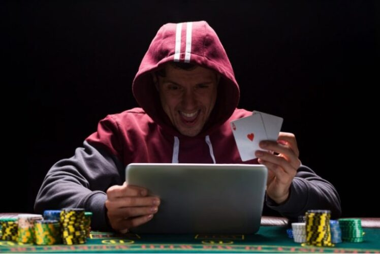 5 Tips to Stay Safe When Playing Online Casino